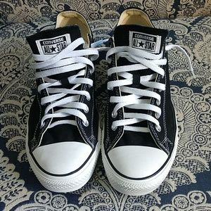 Converse Chuck Taylor Black Size 11